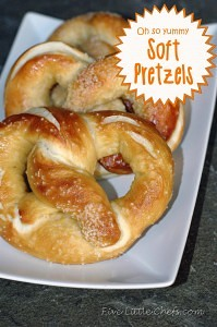 Soft Pretzels from fivelittlechefs.com #recipe